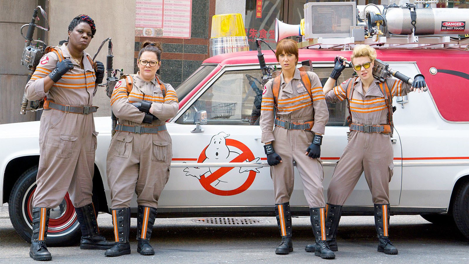 http://cinemaholics.ru/content/images/2016/06/Ghostbusters-2016.jpg
