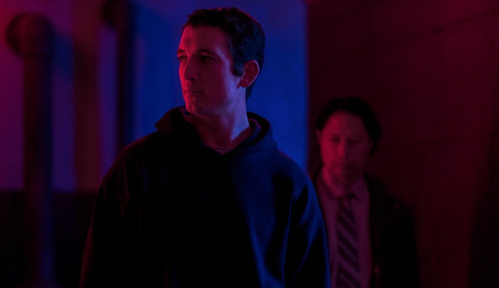 too-old-to-die-young-2019-001-miles-teller-blue-noir